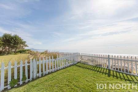 Beach House 14-16.jpg