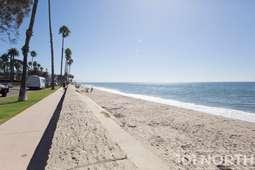 Beach 09-3.jpg
