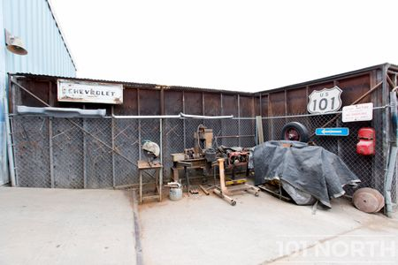 Industrial 06-30.jpg