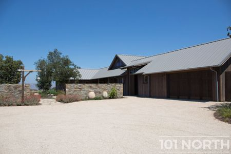 Farmhouse 02-2.jpg