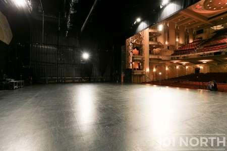 Theater 01-7.jpg