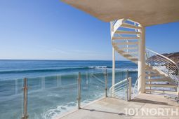 Beach House 03-40.jpg