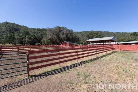 Ranch-Farm 22-18.jpg