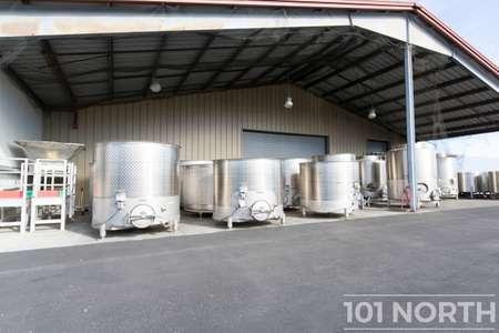 Winery 13-24.jpg