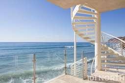 Beach House 03-39.jpg