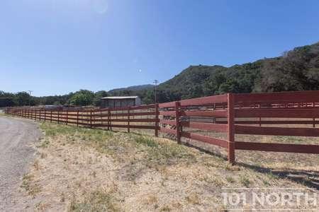 Ranch-Farm 22-17.jpg