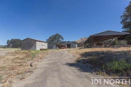 Ranch-Farm 22-24.jpg