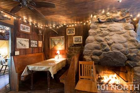Restaurant 11-11.jpg