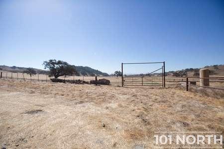 Ranch-Farm 01-22.jpg