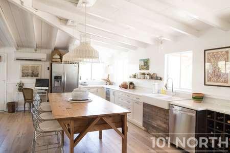 Cottage 02-217.jpg