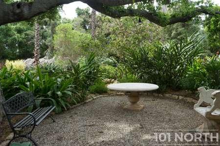 Garden 03-211.jpg