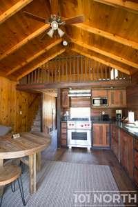 Cabin 02-22.jpg