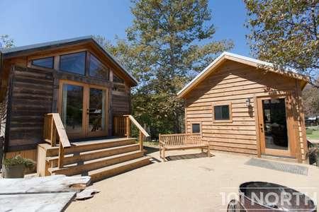 Cabin 02-24.jpg