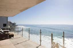 Beach House 03-42.jpg
