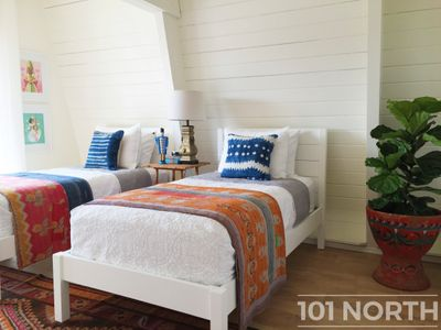 Beach House 02-10.jpg