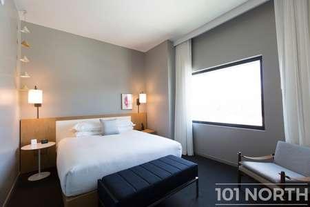 Hotel 06-27.jpg