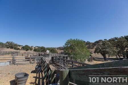 Ranch-Farm 27-54.jpg