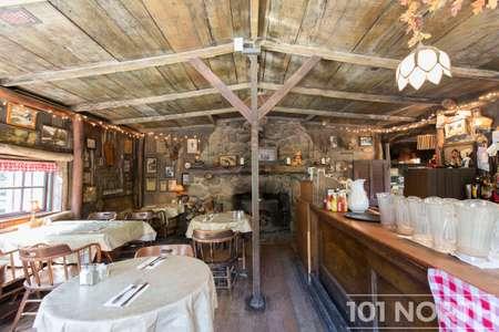 Restaurant 11-2.jpg
