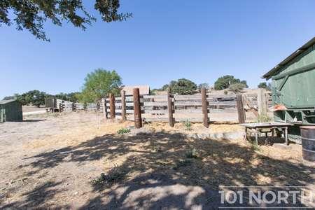 Ranch-Farm 27-48.jpg