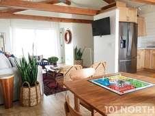 Beach House 02-12.jpg