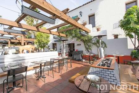 Restaurant 07-32.jpg