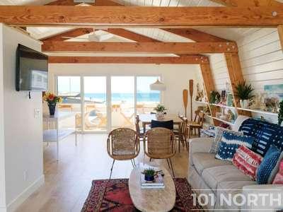 Beach House 02-14.jpg