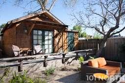 Cabin 01-17.jpg