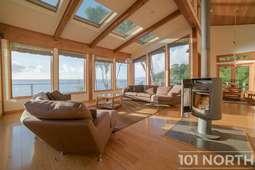 Beach House 05-115.jpg