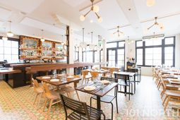 Restaurant 07-20.jpg