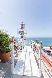 Beach House 15-48.jpg