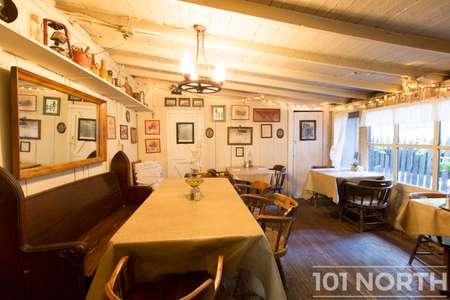 Restaurant 11-13.jpg