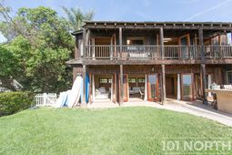Beach House 14-31.jpg