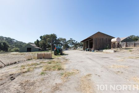 Ranch-Farm 27-17.jpg