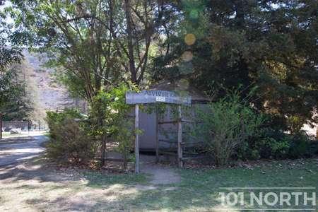 Cabin 02-1.jpg