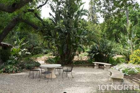Garden 03-212.jpg