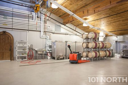 Winery 03-5.jpg