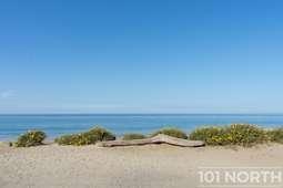 Beach 02-151.jpg