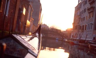 4_0_186_1hsfoto_149_sunny_gondola.jpg