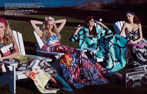 women-in-grafitti-dresses-moschino-lakeside-hamptons.jpg