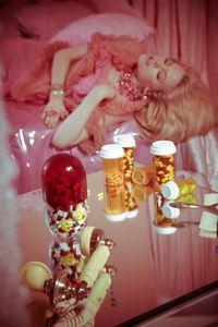 mirror-pills-bedroom-valley-of-the-dolls.jpg