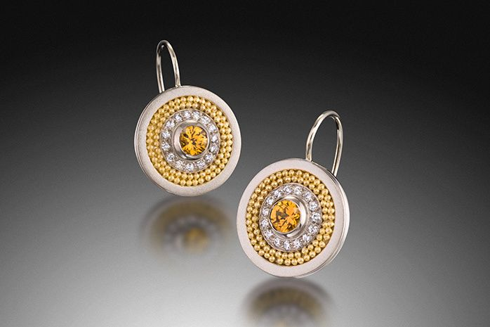 MEDIUM DISC EARRINGS WITH CIRCLE OF DIAMONDS