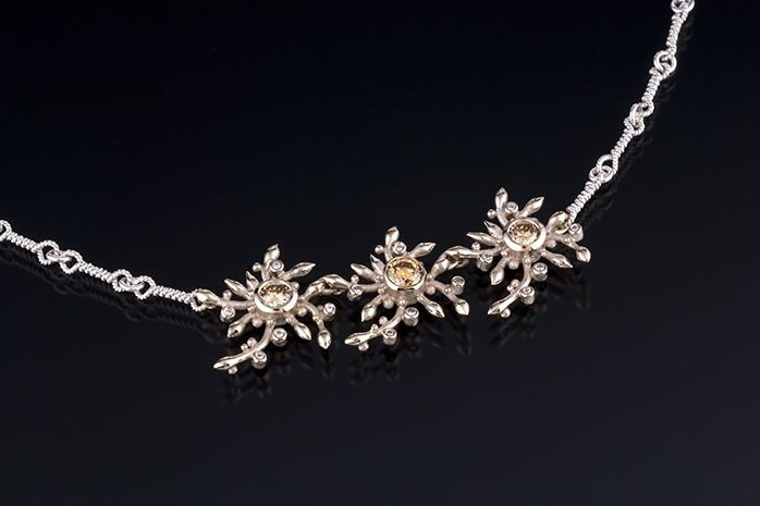 CONSTELLATION NECKLACE WITH DIAMONDS