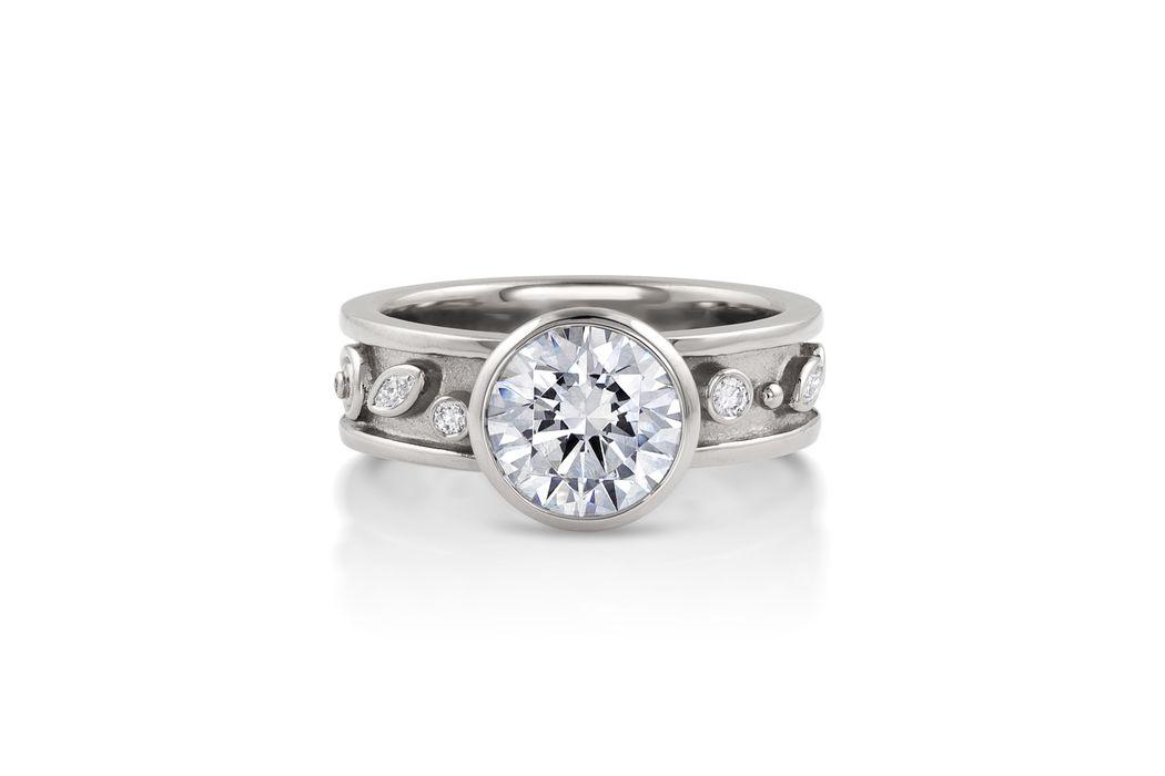 3 CARAT DIAMOND PASSION RING