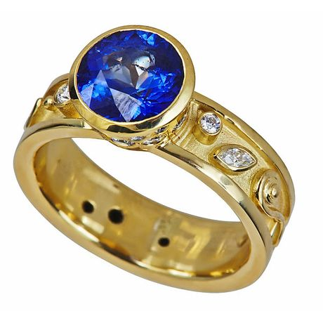 SAPPHIRE PASSION RING