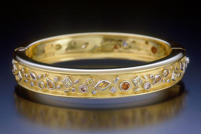 PASSION DIAMOND BANGLE BRACELET
