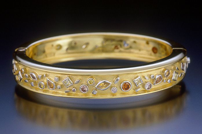 PASSION DIAMOND BANGLE BRACELET