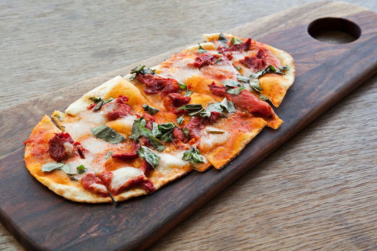 flatbread_pizza.jpg