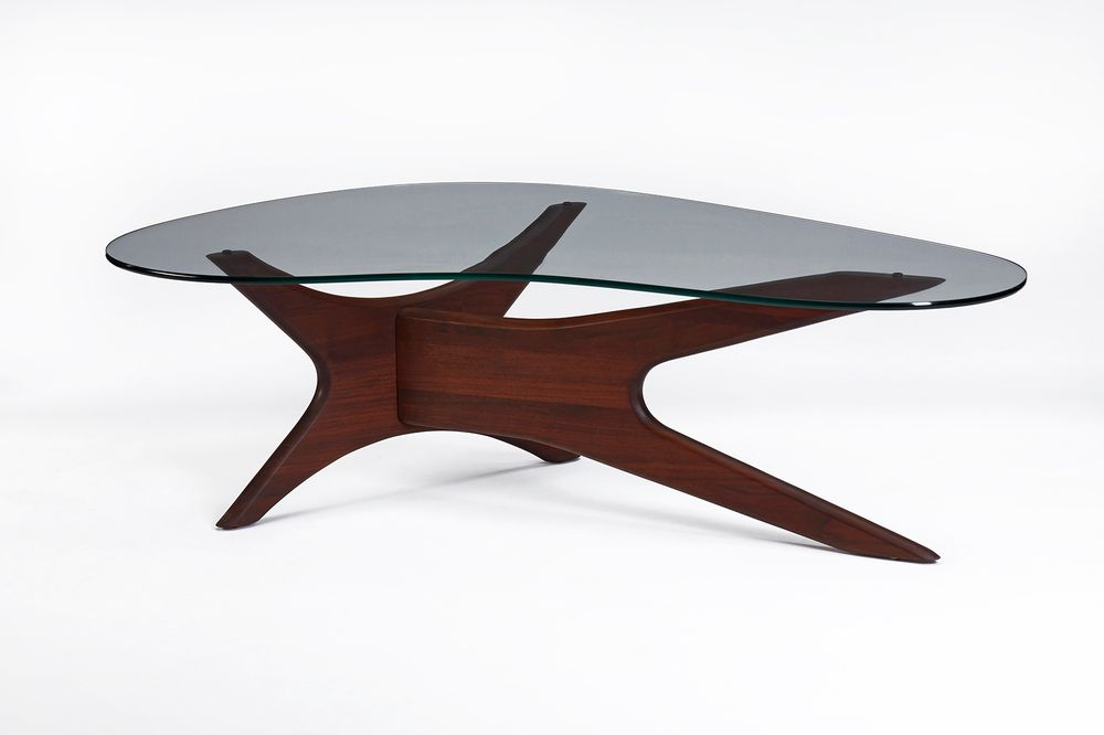 Herman_Miller_table_1.jpg
