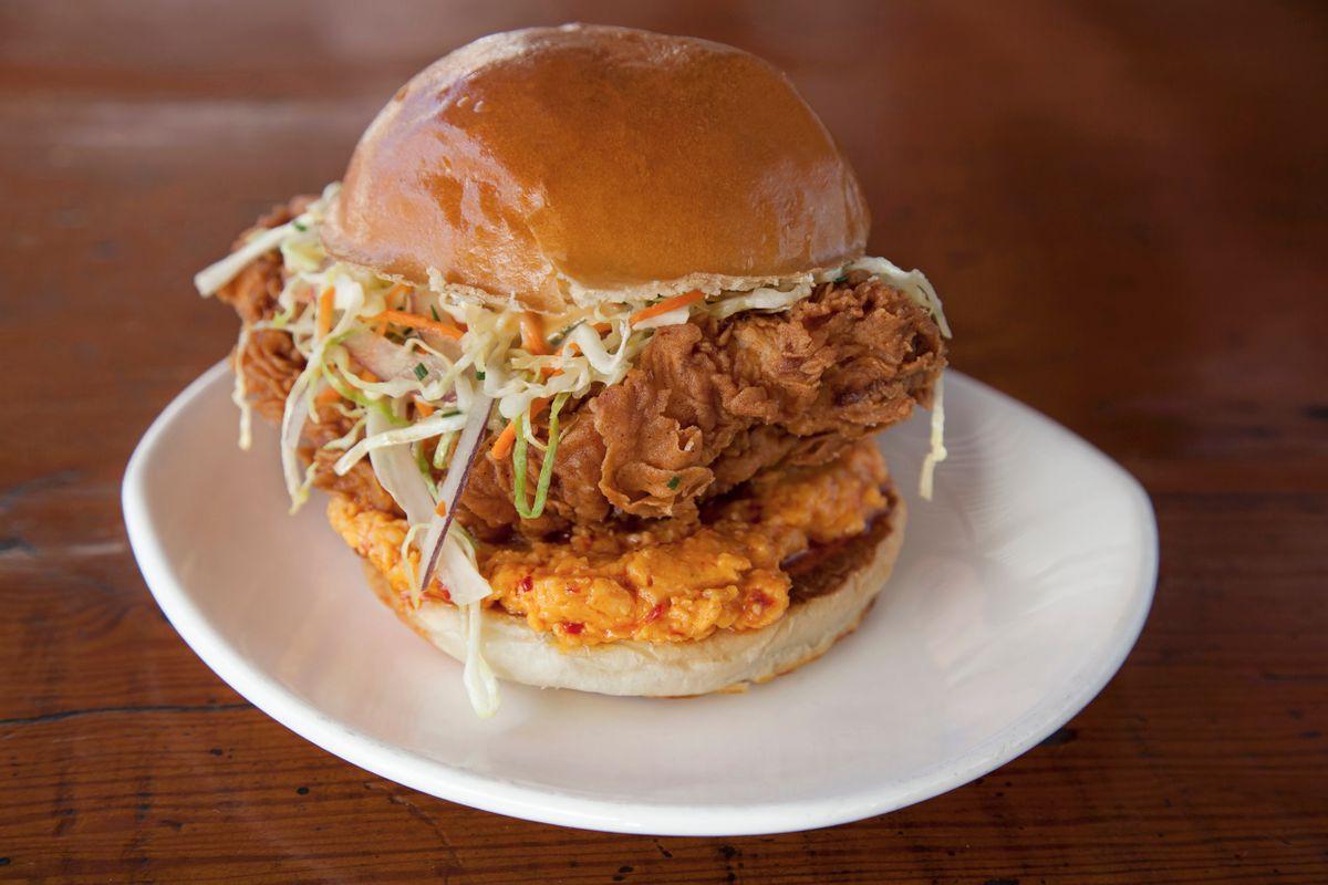 friend_chicken_sandwich.jpg