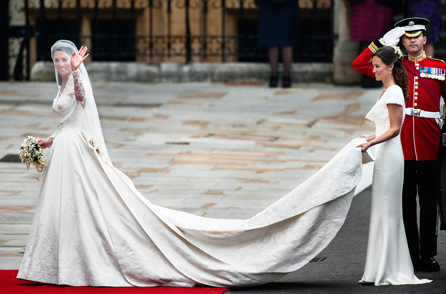 KATE AND PIPPA MIDDLETON, ROYAL WEDDING, LONDON